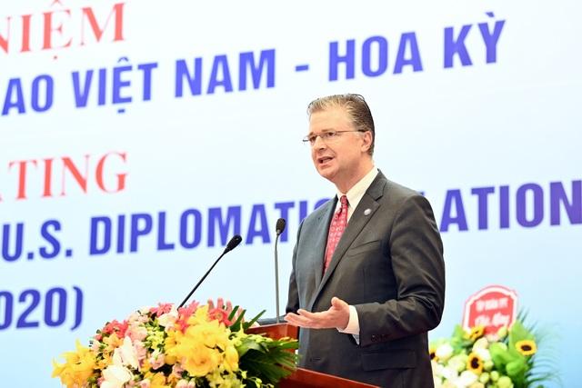 Đại sứ Mỹ: Khẩu trang Việt Nam đã giúp cứu sống nhiều người dân Mỹ! - 2