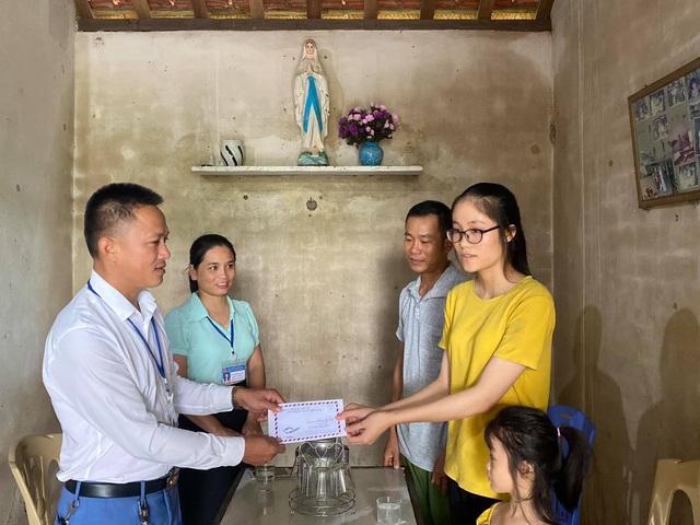 Giấc mơ đại học có nguy cơ dang dở của nữ sinh nghèo rửa bát thuê - 5