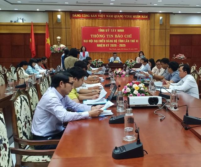 Đại hội Đảng bộ tỉnh Tây Ninh không nhận hoa chúc mừng - 1