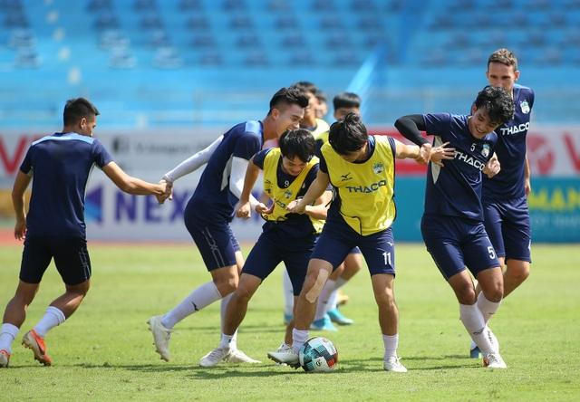 """Văn Toàn: """"HA Gia Lai sẽ thắng Viettel 1-0, không buông top 5 V-League"""" - 3"""
