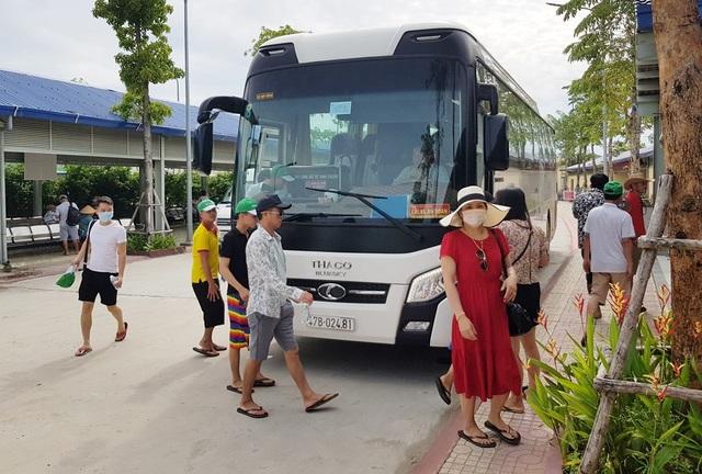 """Khánh Hòa: Nhu cầu tuyển dụng lao động """"ấm dần"""" sau dịch Covid-19 lần 2 - 1"""