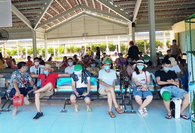 """Khánh Hòa nỗ lực phục hồi du lịch sau """"làn sóng"""" Covid-19 thứ 2 - 1"""