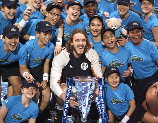 Stefanos Tsitsipas từng trốn học để xem Roland Garros - 2