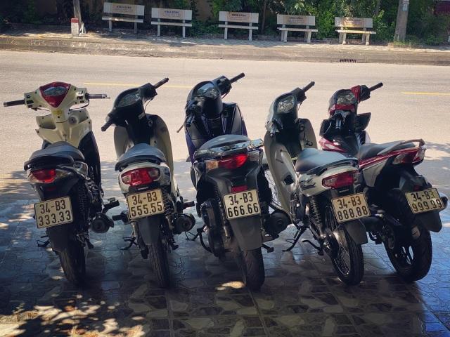 Ăn chơi nhất Việt Nam: Gom mua cả dàn xe máy mang biển ngũ quý từ 1 - 9 - 1
