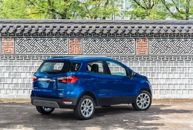 Ford EcoSport 2020 ra mắt: Bỏ lốp dự phòng, thêm trang bị đấu Kona, Seltos - 2