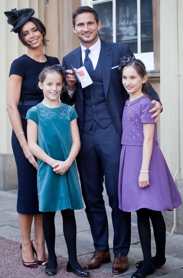 """Bối cảnh gia đình cực kỳ có """"số má"""" của HLV Frank Lampard - 4"""