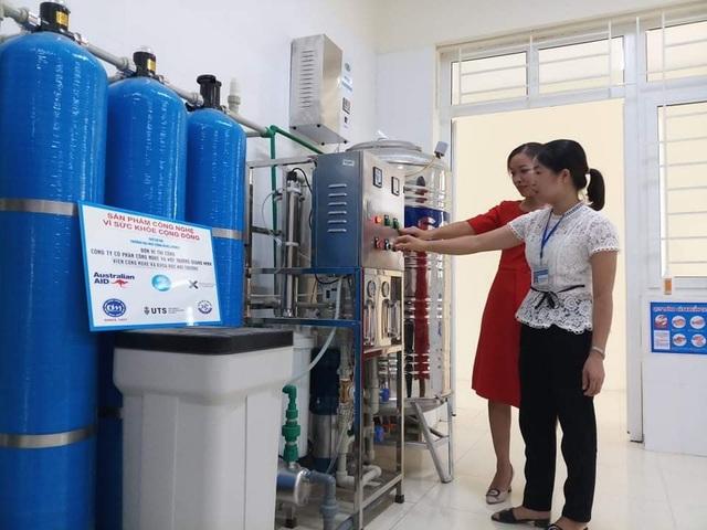 Australia tài trợ lắp đặt hệ thống lọc nước ô nhiễm ở đồng bằng sông Hồng - 1