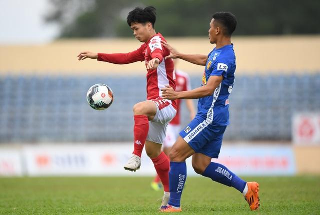 Công Phượng chấn thương, CLB TPHCM có cơ hội đua vô địch V-League? - 1