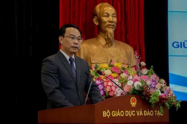 Tân Thứ trưởng Hoàng Minh Sơn chính thức nhận nhiệm vụ tại Bộ GDĐT - 2