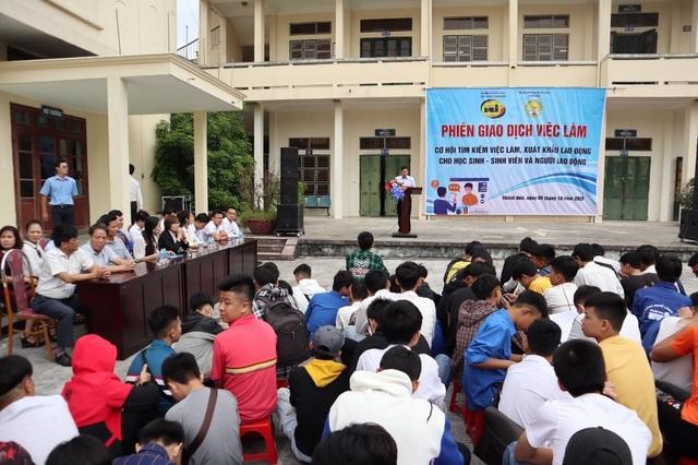 Thanh Hóa: Nhu cầu tuyển dụng hơn 6.700 người tại phiên giao dịch việc làm - 1