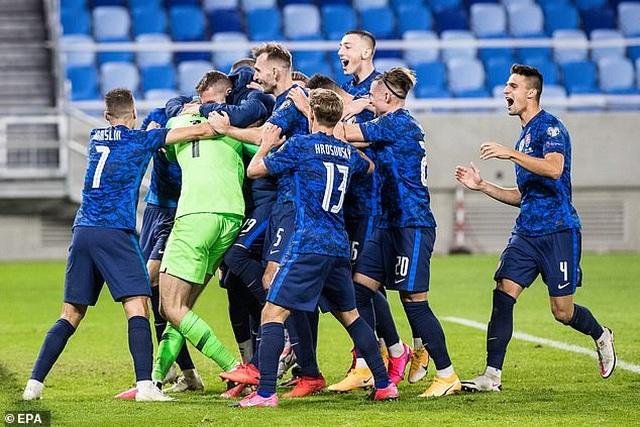 Haaland gây thất vọng, Na Uy tan mộng dự Euro 2020 - 6
