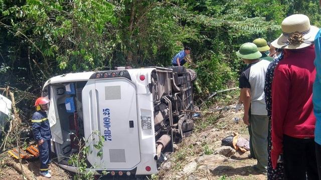 Khởi tố chủ xe du lịch vụ tai nạn khiến 15 người tử vong - 2