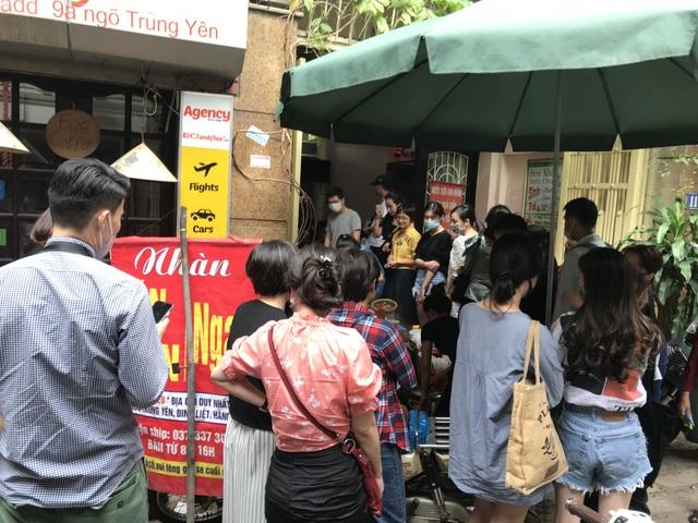 Kỳ lạ bún ngan chửi ở Hà Nội, khách chen chân xếp hàng thưởng thức - 1