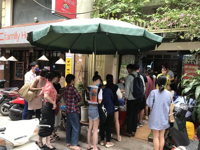 Kỳ lạ bún ngan chửi ở Hà Nội, khách chen chân xếp hàng thưởng thức - 5