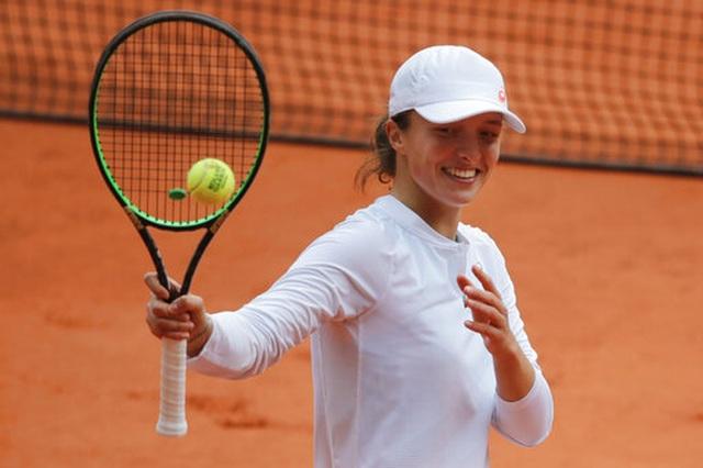 Góp mặt tại chung kết, Swiatek đi vào lịch sử Roland Garros - 1