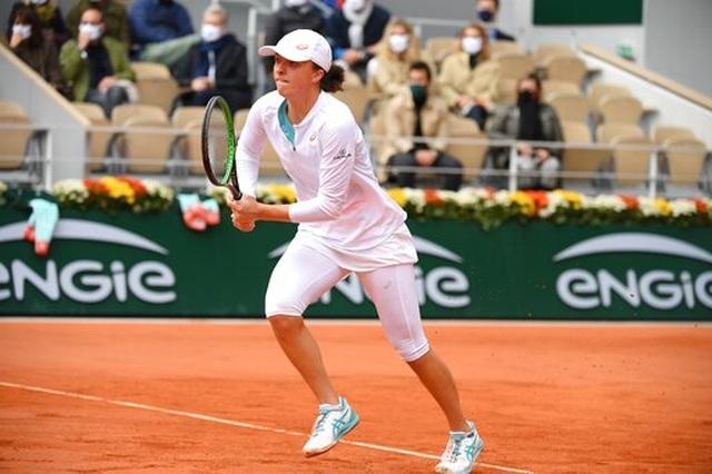 Góp mặt tại chung kết, Swiatek đi vào lịch sử Roland Garros - 2