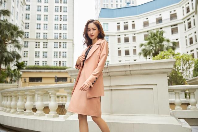 """Các tín đồ thời trang """"sốt xình xịch"""" trước bộ sưu tập mới đến từ thương hiệu Việt - GENNI - 3"""