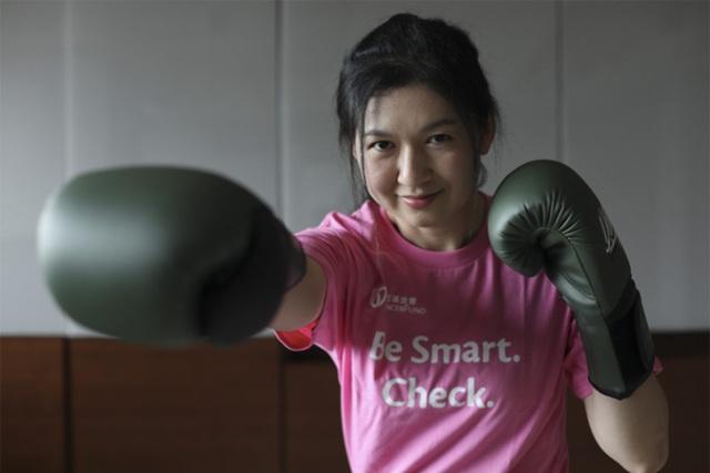 Cô gái trẻ mắc ung thư hối hận do mắc ba thói quen xấu - 1