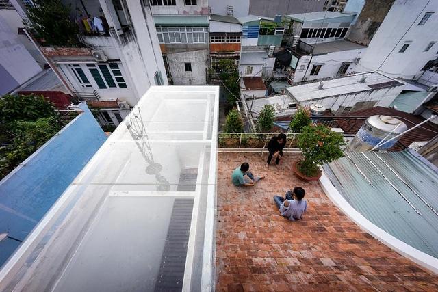 Nhà ở Sài Gòn có mái cong vút, nơi có thể tiếp khách cả ngày không chán - 6