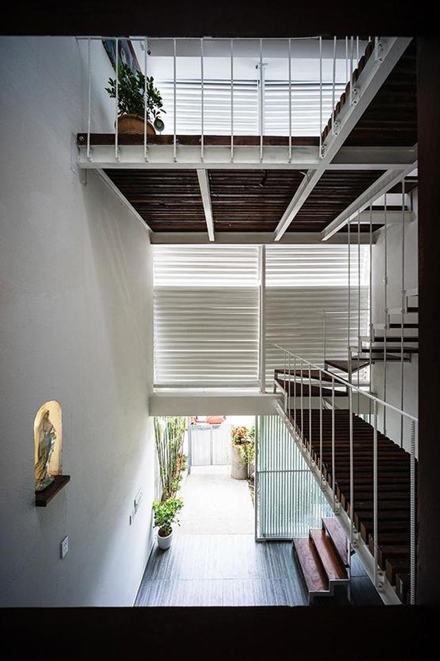 Nhà ở Sài Gòn có mái cong vút, nơi có thể tiếp khách cả ngày không chán - 7