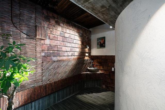 Nhà ở Sài Gòn có mái cong vút, nơi có thể tiếp khách cả ngày không chán - 10