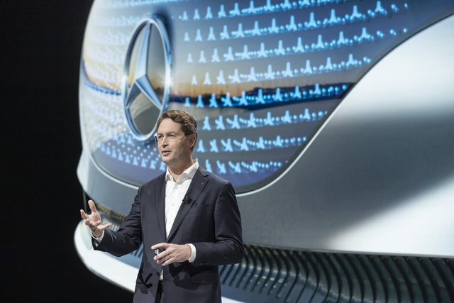 Mercedes-Benz sẽ dừng sản xuất xe số sàn - 1