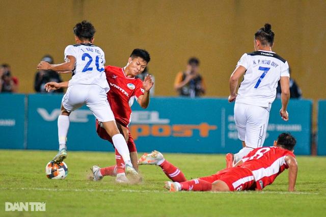HA Gia Lai thua đậm CLB Viettel trên sân Hàng Đẫy - 7