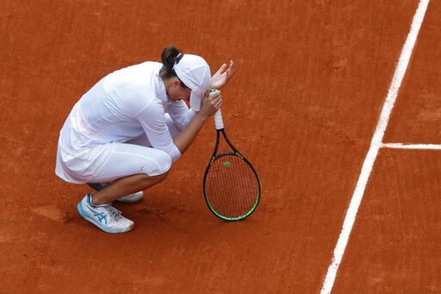 Tay vợt 19 tuổi người Ba Lan Swiatek vô địch Roland Garros - 2