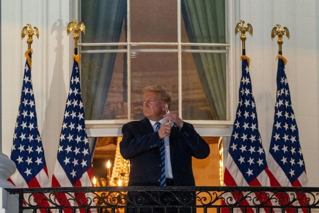 Bầu cử Mỹ 2020: Ông Trump mời 2.000 người tới Nhà Trắng nghe phát biểu - 1