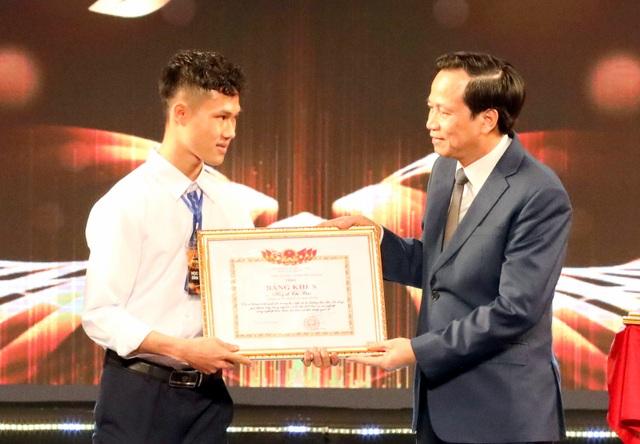 """Bộ trưởng Đào Ngọc Dung: """"Thiếu lao động kỹ năng là thách thức toàn cầu..."""" - 2"""