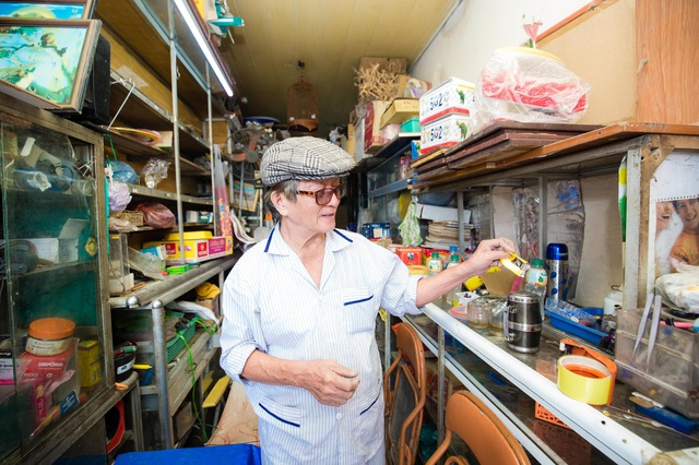 """Cuộc sống đối nghịch trong căn nhà """"siêu nhỏ"""" 7,5 m2 giá 3 tỷ đồng ở Hà Nội - 5"""
