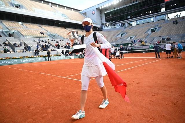 """Iga Swiatek: """"Tôi choáng ngợp với danh hiệu vô địch Roland Garros"""" - 3"""