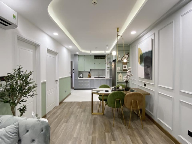 Độc đáo căn hộ màu xanh đẹp như tranh của vợ chồng trẻ Sài Gòn - 2