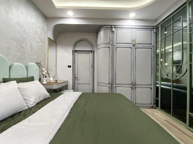 Độc đáo căn hộ màu xanh đẹp như tranh của vợ chồng trẻ Sài Gòn - 8