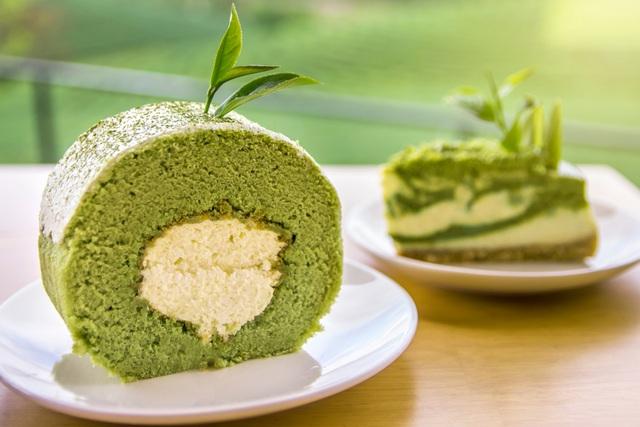 Đi tìm món bánh cuộn mềm mịn bồng bềnh mang vị Nhật từ Fresh Garden - 1