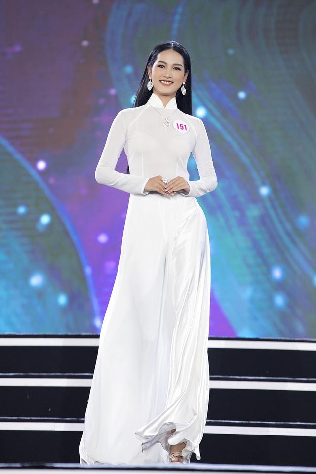 """Hoàng Nhật Nam lí giải """"sự lạ"""" của phần trình diễn áo dài trong đêm Bán kết - 5"""