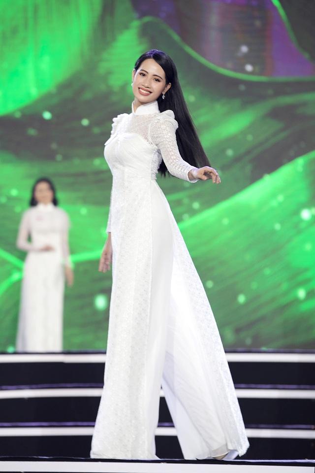 """Hoàng Nhật Nam lí giải """"sự lạ"""" của phần trình diễn áo dài trong đêm Bán kết - 6"""