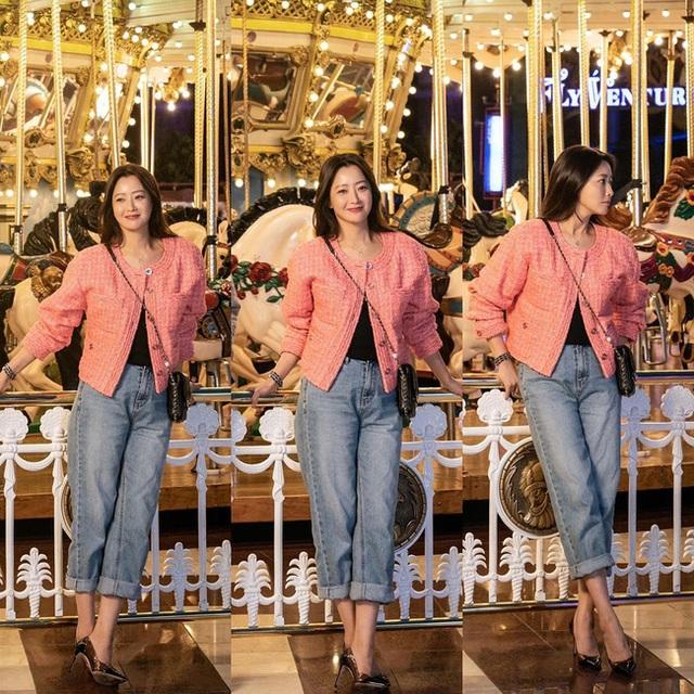 """Ngưỡng mộ nhan sắc """"không tuổi"""" của Kim Hee Sun ở tuổi 43 - 17"""