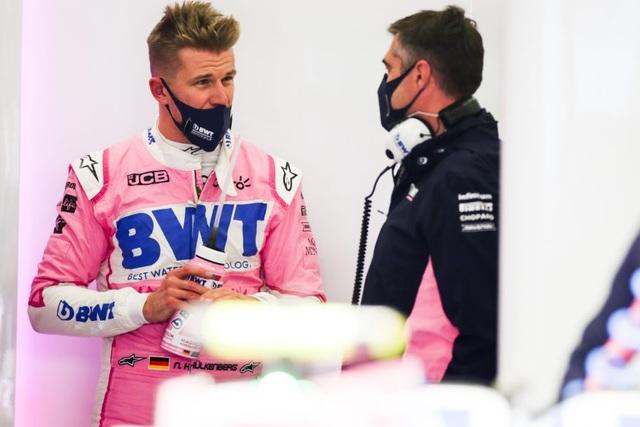 Viên ngọc đen Lewis Hamilton san bằng kỷ lục của huyền thoại Schumacher - 3