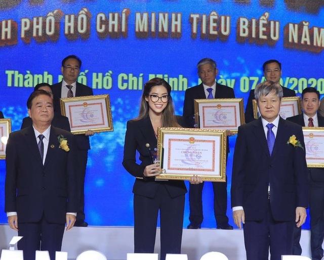 Rich kid Tiên Nguyễn nhận danh hiệu doanh nhân TP.HCM tiêu biểu ở tuổi 24 - 4