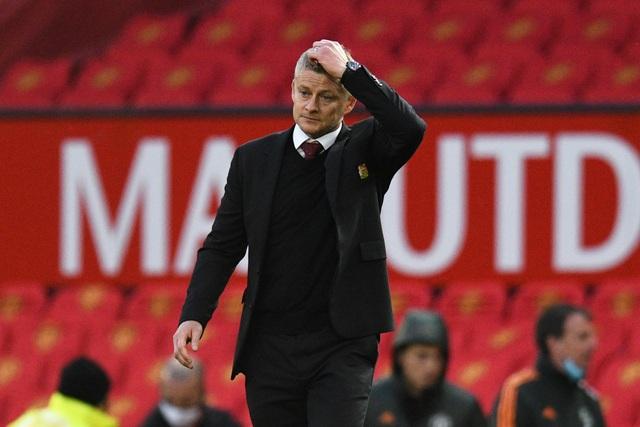 """Huyền thoại Man Utd: """"Đội bóng có quá nhiều kẻ lừa đảo"""" - 2"""