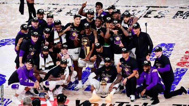 LA Lakers vô địch NBA, Lebron James nhận giải cao quý - 1