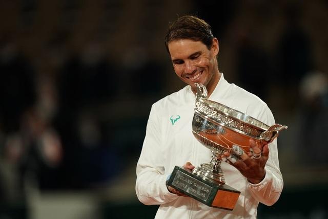"""Rafael Nadal: """"Chia sẻ kỷ lục với Federer mang ý nghĩa rất lớn"""" - 1"""