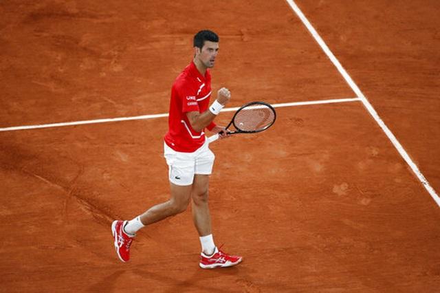 Những khoảnh khắc Nadal đánh bại Djokovic, lập chuỗi kỷ lục mới - 6