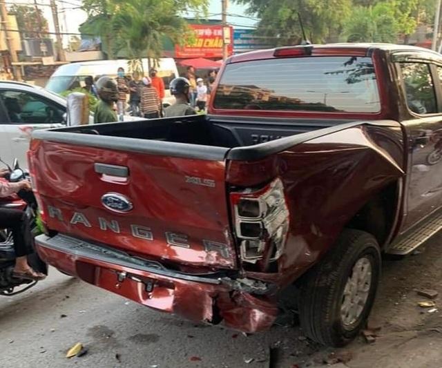 Hà Nội: Thanh niên 18 tuổi say rượu lái ô tô gây tai nạn liên hoàn - 2