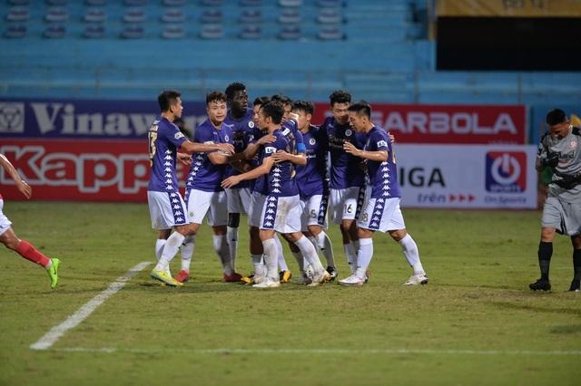 CLB TPHCM hụt hơi, Sài Gòn FC đua vô địch với CLB Hà Nội và Viettel - 3