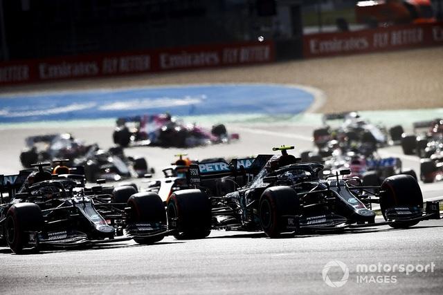 Viên ngọc đen Lewis Hamilton san bằng kỷ lục của huyền thoại Schumacher - 5