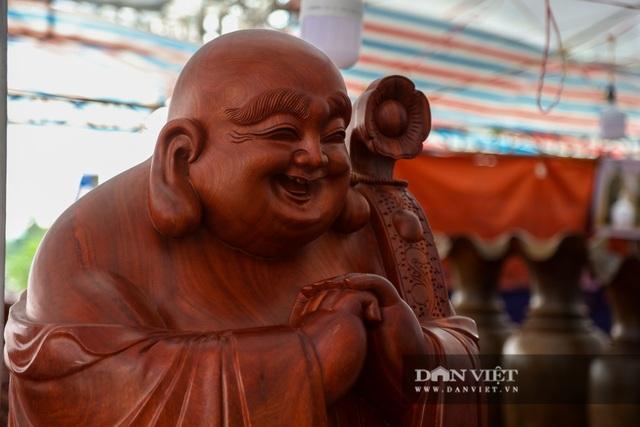 Ngỡ ngàng khúc gỗ được rao bán 10 tỷ đồng tại hội chợ ở Hà Nội - 3