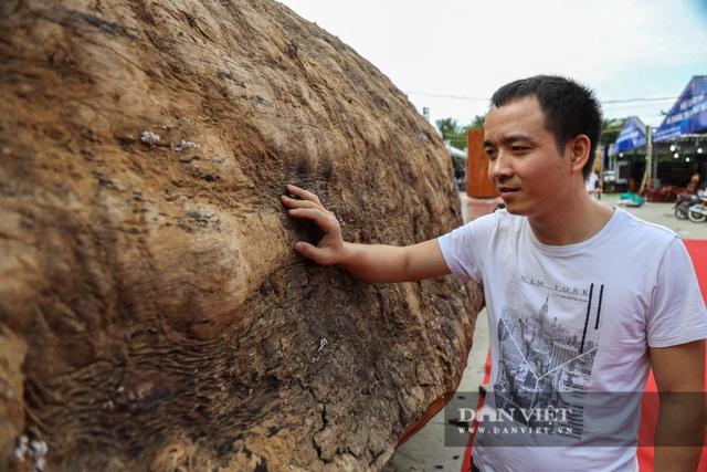 Ngỡ ngàng khúc gỗ được rao bán 10 tỷ đồng tại hội chợ ở Hà Nội - 7
