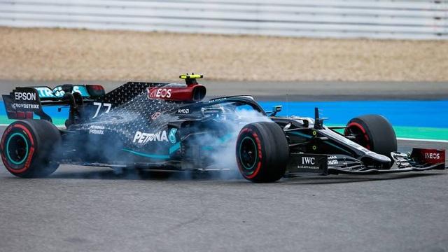 Viên ngọc đen Lewis Hamilton san bằng kỷ lục của huyền thoại Schumacher - 7